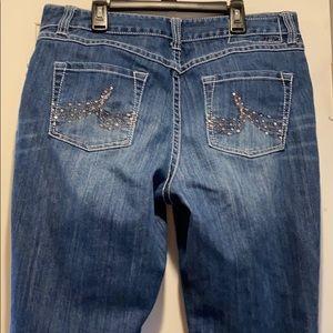 INC Curvy Fit Bootcut Jeans Sz 12 Short